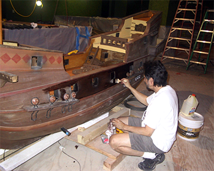 spanish-galleon-reconstruction,-by-john-rivera-resto,-2012,-beginning-to-stain-the-hull