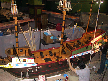 spanish-galleon-reconstruction,-by-john-rivera-resto,-2012,-view-of-entire-ship-during-detailing